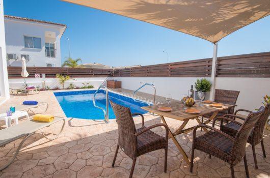 Narcissos villa Doria Cyprus